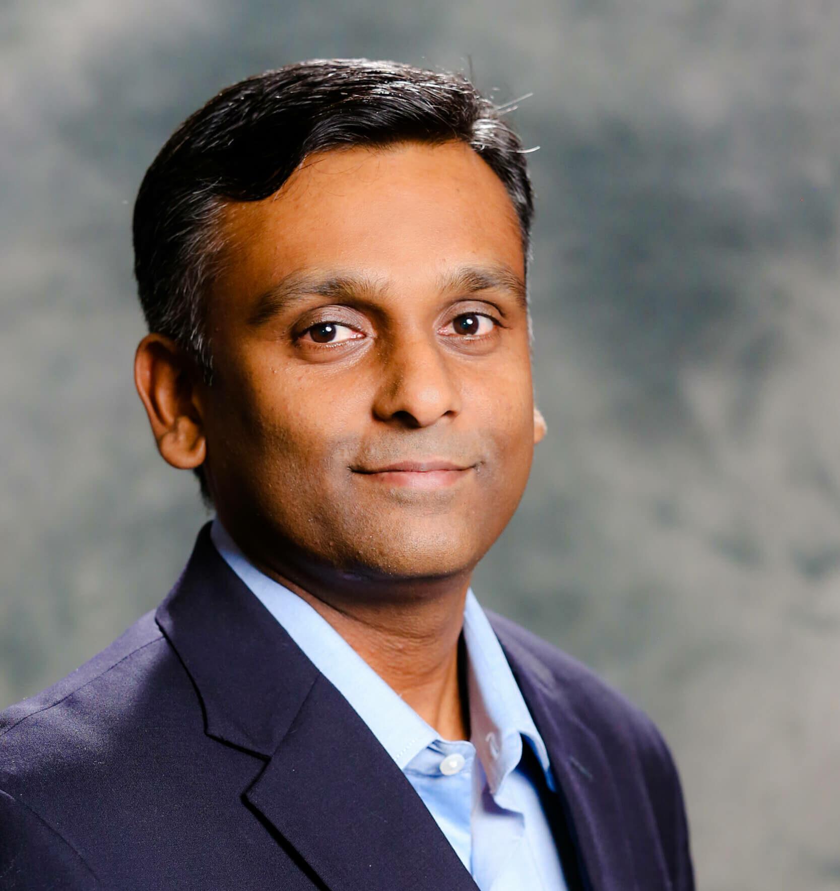 Headshot of Dan Narayan